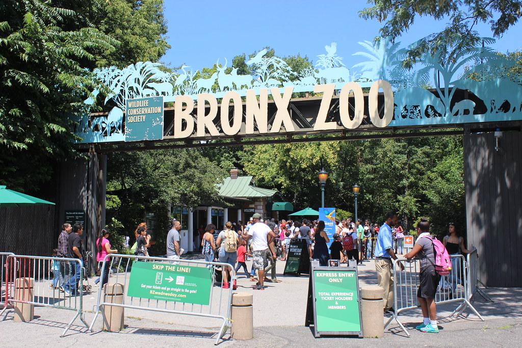 Asia Gate Bronx Zoo Asia Gate Boston Road Entrance Bronx Flickr
