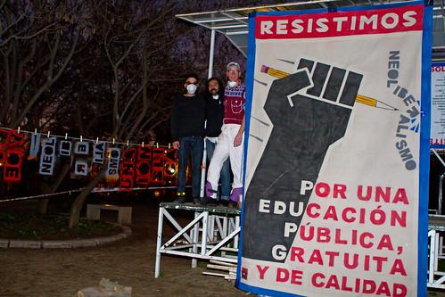 Resistimos