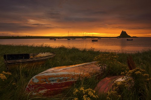 lindisfarne holyisland boats dawn sunrise spectacular morninglight yachts glowing memorable northumberland northeast coastal tidal nikond7000 castle lindisfarnecastle