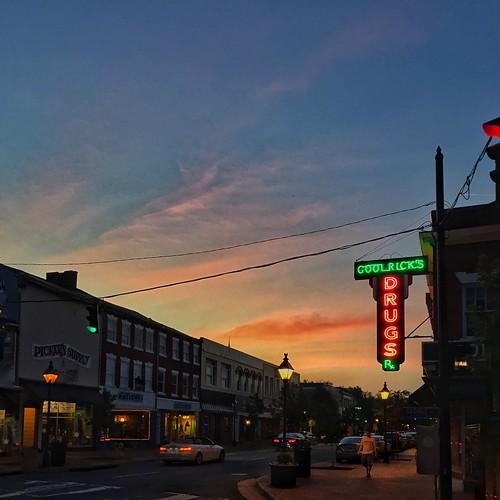 sunset neon drugs fredericksburg fxbg goolricks