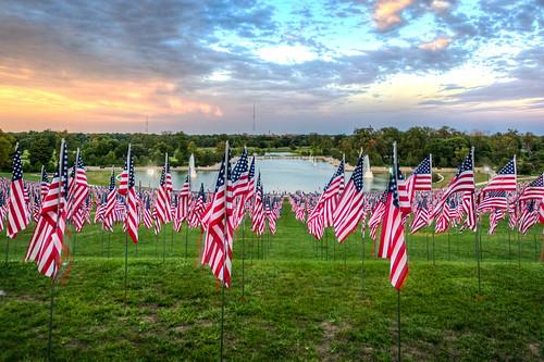 forestpark flagsofvalor arthill americanflag flag flags hill grandbasin lagoon sunset redwhiteblue stlouis
