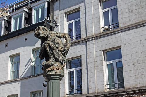 Le singe, Jean Roig