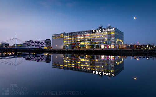 moon water architecture sunrise reflections landscape dawn lights mirror scotland riverclyde unitedkingdom glasgow scottish neil calm colourful barr gloaming bbcscotland premierinn