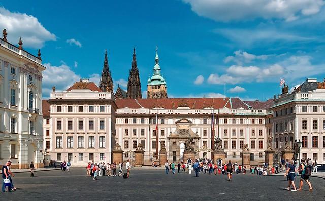 Prague : Pražský hrad – I. nádvoří