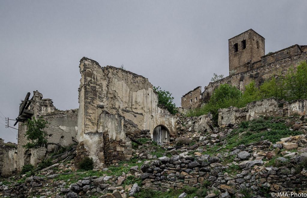 Esco, pueblo fantasma (II)