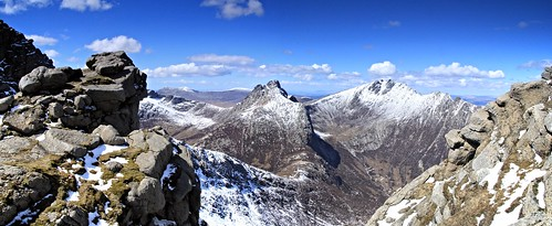 wild panorama mountain snow scotland bluesky panoramic remote wilderness arran isleofarran corbett cirmhor caistealabhail