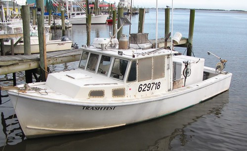 southport brunswickcounty northcarolina yachtbasin marina capefearriver intercoastalwaterway atlanticocean estuary boat sailboats pleasurecraft water pier trashfest gerrydincher nc