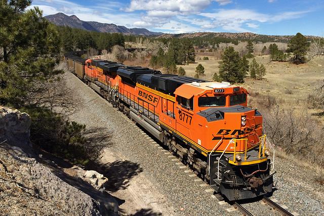 BNSF 8777 Colorado Springs 27 Mar 15
