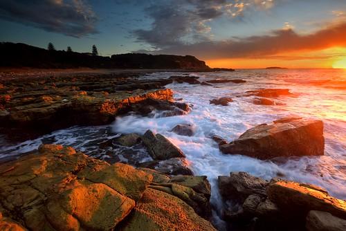 swanseaheads newsouthwales australia nikond750 nikon1635mmf4 seascape ocean rocks watermovement shore goldenlight