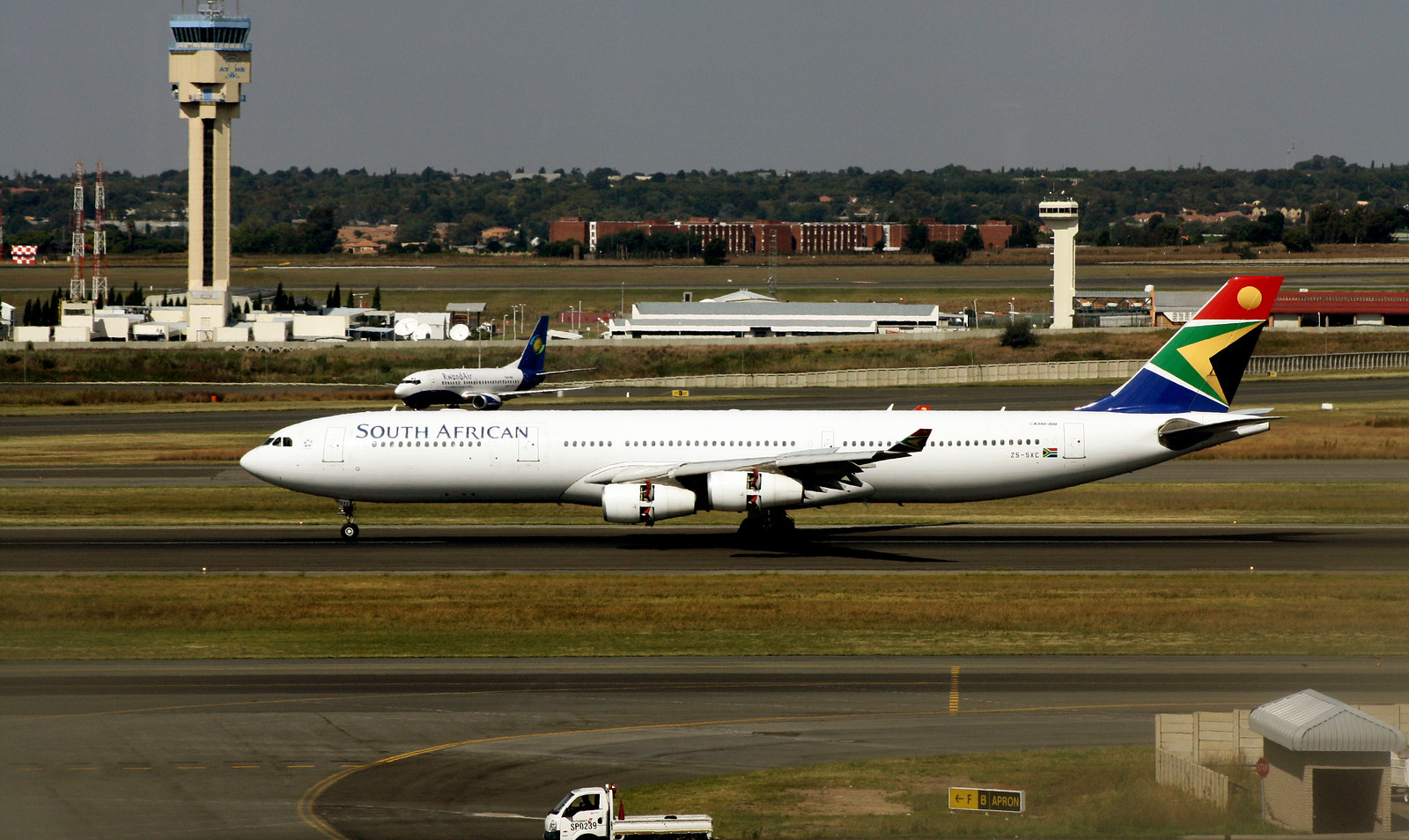 South African Airways A340-313 ZS-SXC