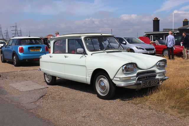 Citroën Ami 6 at Dungeness