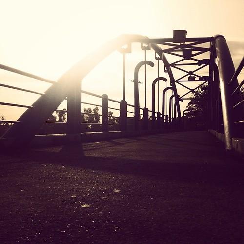 street city bridge sky cars clouds sunrise lights afternoon shadows dominicanrepublic rep santodomingo thebridge uploaded:by=flickstagram instagram:photo=7865700320398569609933329 instagram:venuename=onapi instagram:venue=2161813