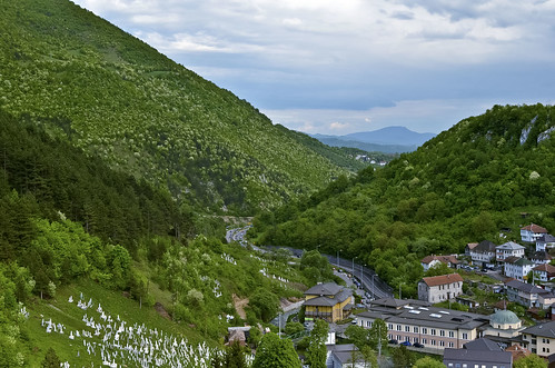 road mountain green forest town bosnia travnik bosniaherzegovina bosniaandherzegovina