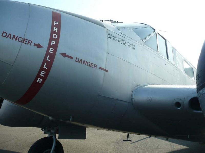 Beech UC-45J Expediter 4