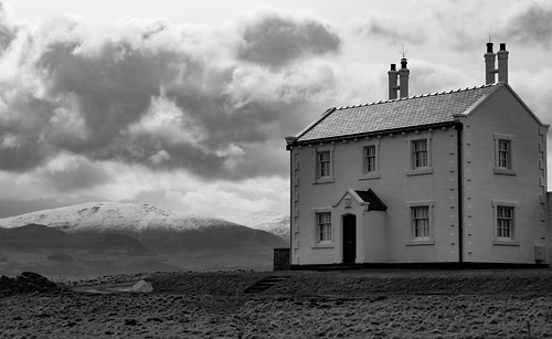 blackpoint cymru beaumaris house snow anglesey northwales clouds canon eos