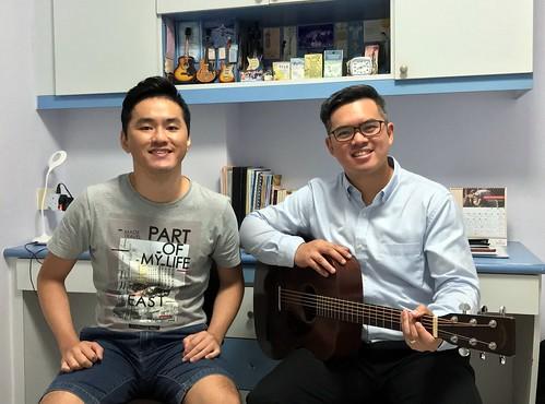 Adult guitar lessons Singapore Dexter