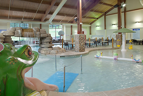Christmas Mountain.Indoor Pool Christmas Mountain Village Bluegreen S Wisco