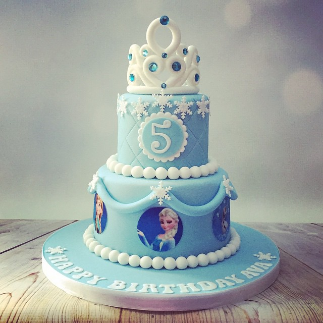 Excellent This Mornings Pretty Frozen Theme Birthday Cake Pretty Flickr Funny Birthday Cards Online Unhofree Goldxyz