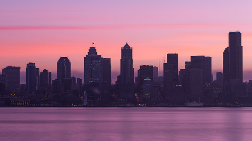 seattle morning sunrise longexposure cityscape downtown water smooth contrast greatwheel pacificnorthwest washington