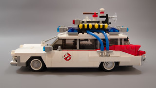 Lego Ghostbusters Ecto-1 Light Mod 02   by M600