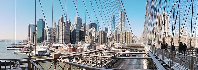 Downtown Manhattan seen from Brooklyn Bridge