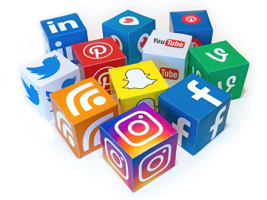 Social Media Mix 3D Icons - Mix #1 | All content posted in t… | Flickr