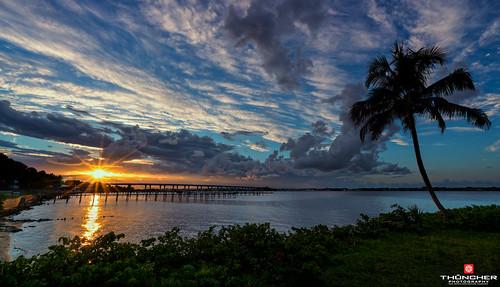 sony a7r2 sonya7r2 ilce7rm2 zeissfe1635mmf4zaoss fx fullframe scenic landscape waterscape oceanscape beaches tropical palmtrees bridges piers sky clouds nature sunset stuart florida martincounty stlucieriver southeastflorida