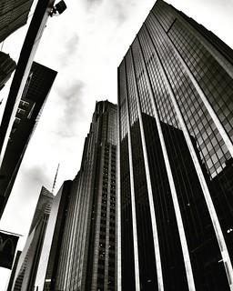 White lines up to the sky  #Newyork #Nyc #newyorkcity #Architecture #archilovers #building #skyscraper #lines #geometry #glass #blackandwhite #bw #black #monochrome #lookingup #follow #Photo #Photography #photooftheday #iloveny #ilovenyc #newyorkphoto #in | by Mario De Carli