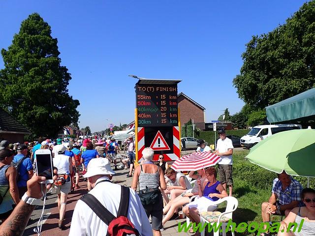2016-07-19   1e dag Nijmegen    40 Km (82)