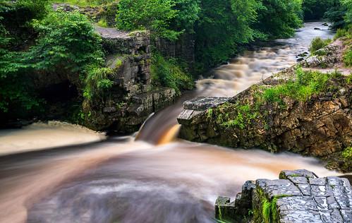 river wales uk moss trees water rocks breconbeacons landscape flow flowing green