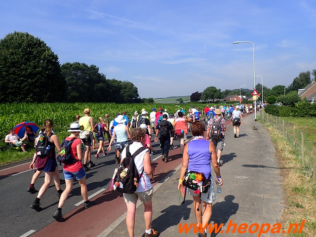 2016-07-21   3e  dag Nijmegen   40 Km  (82)