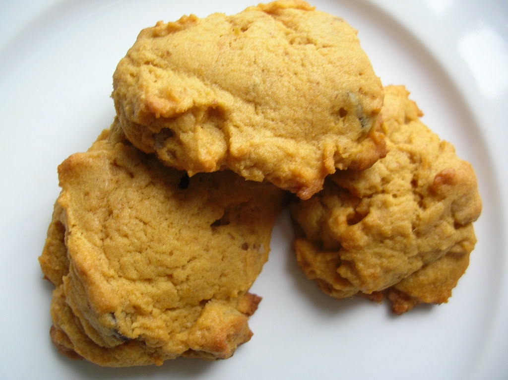 Fluffy vegan pumpkin cookies