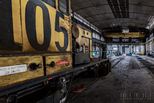 Hangar 105-0171 | by Under The Dust
