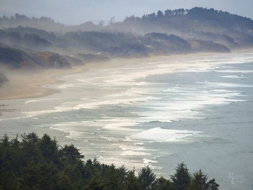 75300mmf4867mzuiko beverlybeach em5 newport omd or olympus oregon pacificocean pacificnorthwest beach clouds coast forest hills landscape mist ocean sand sea seascape surf telephoto trees water waves