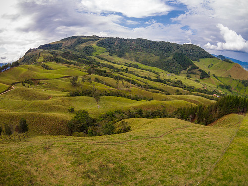 mountains outdoors colombia colegio escuela montañas antioquia fotoaerea drone suroeste fotografiaaerea