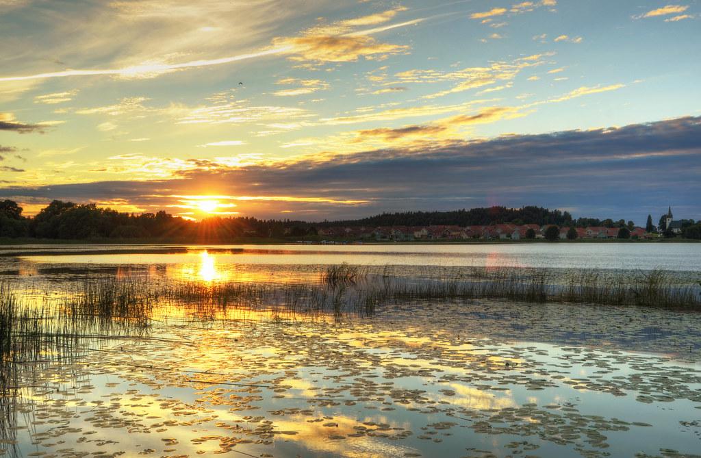 Gnesta Sunset Lands