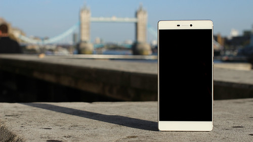 Huawei P8 smartphone | by pestoverde