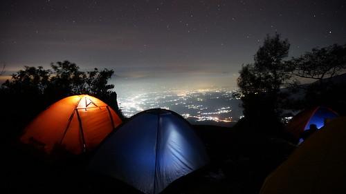 travel camping light camp mountain night landscape star hiking tent gunung backpacker tenda mountaineer traveler sindoro