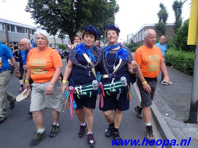 2016-07-22   4e     dag Nijmegen      40 Km   (5)