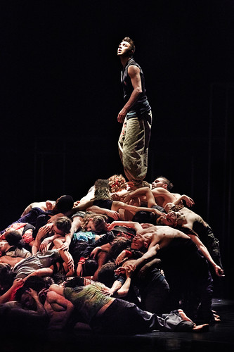 National Youth Dance Company  - Framed - Sidi Larbi Cherkaoui | by Ambra Vernuccio