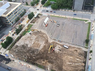 Ritz block construction from 300 feet up Minneapolis 9-17-16 | by bapster2006