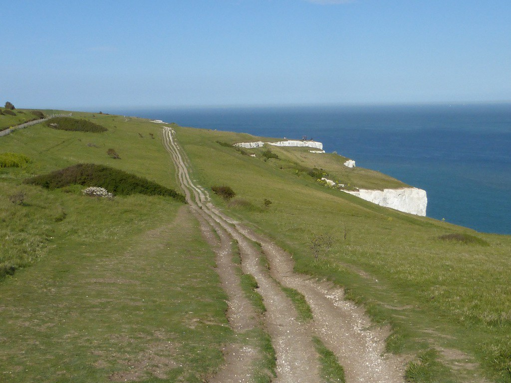Mid morning Dover to Deal walk