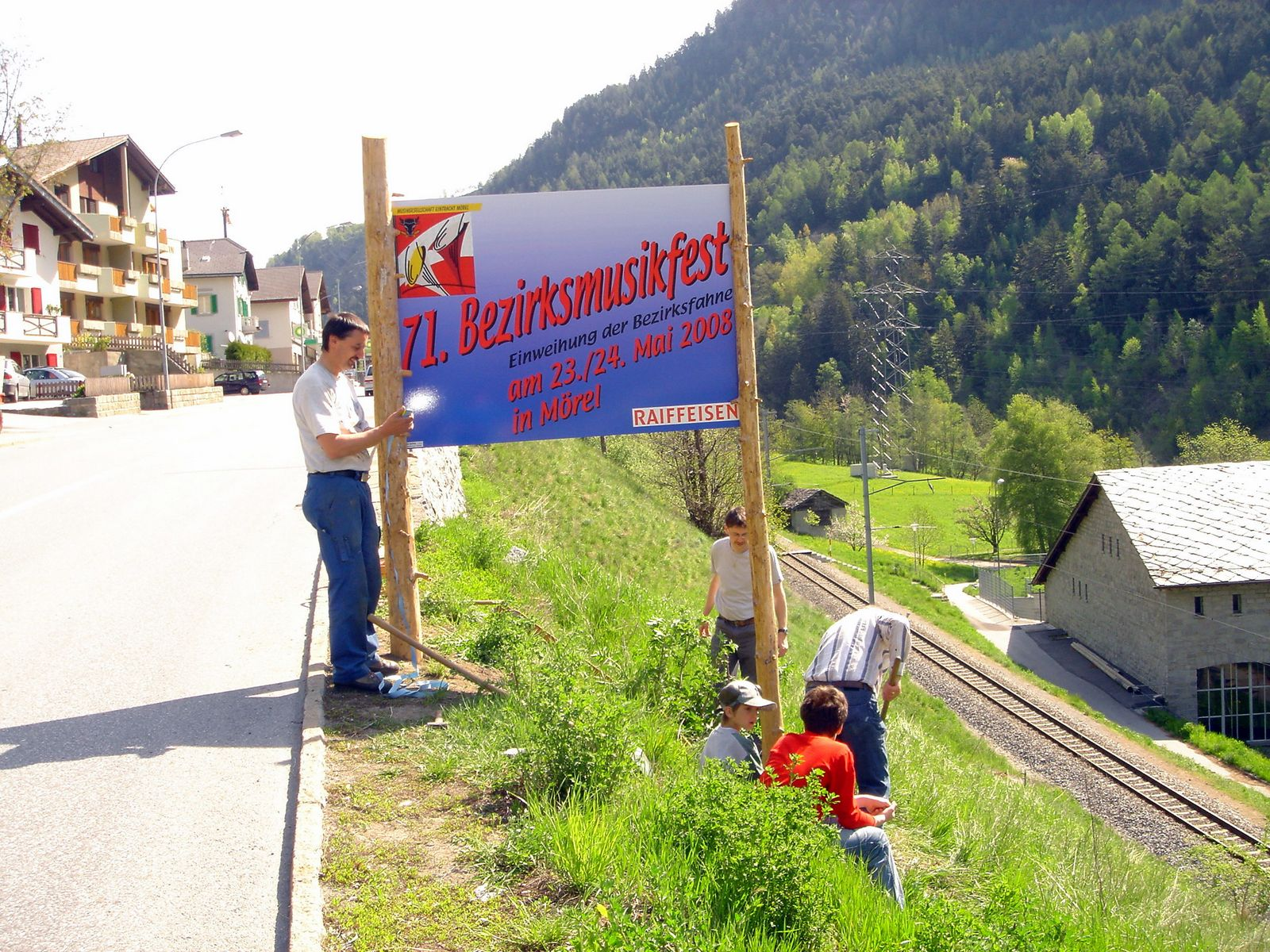 2008 Plakat Aufbau 71. Bezirksmusikfest in Mörel