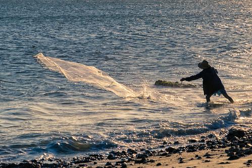 lasflores maldonado uruguay balneario beach fisherman pescadores playa people travel picoftheday sunset fishing catching rocks daily life dailylife
