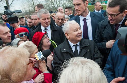 Uroczystość odsłonięcia pomnika upamiętniającego katastrofę pod Smoleńskiem   by Kancelaria Premiera