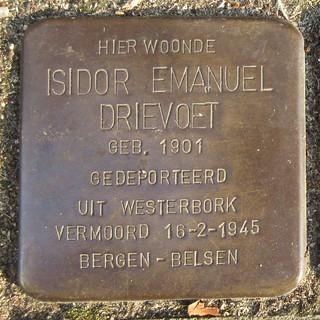 Isidor Emanuel Drievoet plaque in the sidewalk - 37 Roemer Visscherstraat, Amsterdam