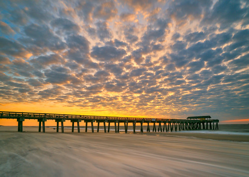 tybeeisland georgia ga usa unitedstates longexposure sunup sunrise daybreak water ocean shoreline seaside coastline pier boardwalk clouds pavilion waves sky tybee islandgageorgiausasunriseoceanwater goldcollection