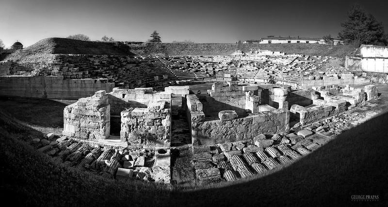 Αρχαίο Θέατρο Λάρισας - Ancient Theatre of Larissa