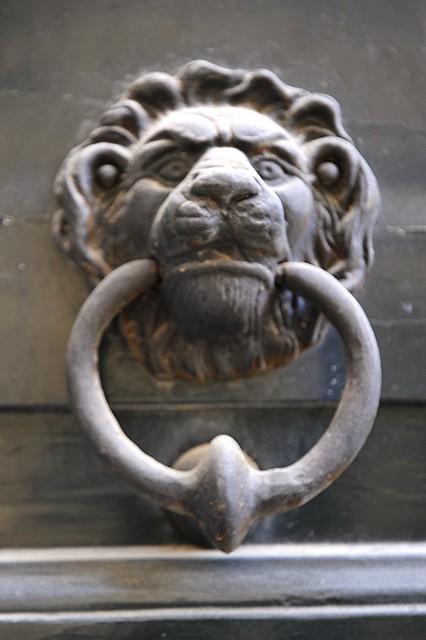 Lion's head door ornament, Lecce