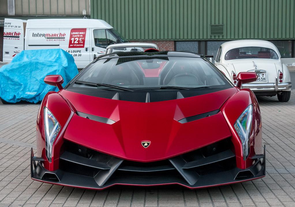 Lamborghini Veneno Roadster 1 Of 9 750 Hp Price 33 Mio